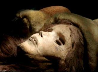 Misterul mumiilor gigante din China, vechi de peste 4.000 de ani... arheologii au rămas perplecşi!