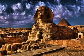 """Marele Sfinx din Egipt a fost construit de """"zei"""" - o spun vechile inscripţii"""