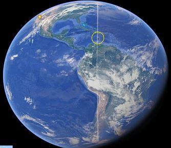 O enormă dungă albă misterioasă, de mii de km lungime, apare pe Google Earth. Care e originea ei?