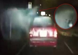 "Un taxi din Hong Kong este atacat noaptea de un ""spectru supranatural"" misterios"