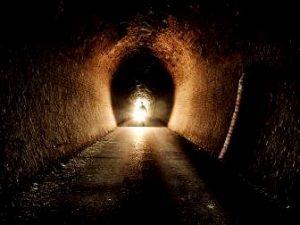 Sovieticii au descoperit în anii 50 un tunel misterios, care lega Rusia de Japonia. O străveche civilizaţie avansată l-a construit...