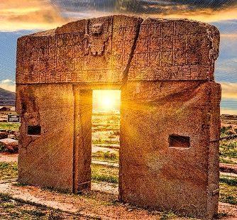 """""""Poarta Soarelui"""" de la Tiahuanaco - un monument de mii de ani vechime, care prezintă nave spaţiale superioare celor produse astăzi de ruşi şi americani"""