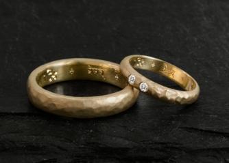 Puterea magică a inelelor de căsătorie