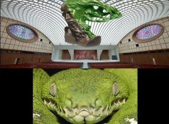 EXCLUSIV! Secretul întunecat al Bisericii Catolice: în inima Vaticanului se află o clădire ce seamănă cu o reptilă! Există vreo legătură cu extratereştrii reptilieni?