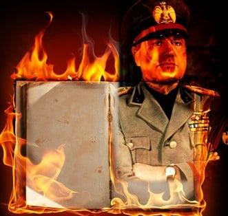 """De ce, în timpul celui de-al doilea război mondial, Mussolini a ars 80.000 de cărţi şi manuscrise de magie şi ezoterism? Cunoştinţele de acolo erau """"periculoase""""...?"""