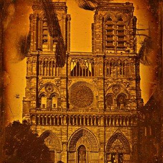 Poveşti paranormale incredibile despre catedrala Notre Dame de Paris