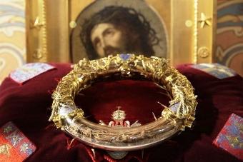 Un artefact creştin salvat de la incendiul Catedralei Notre Dame - Coroana de Spini a Mântuitorului. Este ea una autentică?