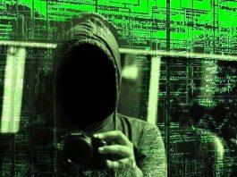 """Şefa unei companii de informatică a fost găsită moartă, după ce şi-a sunat părinţii spunându-le: """"Totul e un joc, e un experiment al minţii, noi suntem în Matrix"""""""
