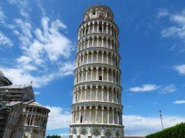 Un mare mister: de ce e înclinat turnul din Pisa? Pentru că a fost sabotat de veneţieni, din invidie