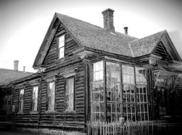 Povestea incredibilă a caselor care apar din altă dimensiune în lumea noastră şi apoi dispar în mod misterios