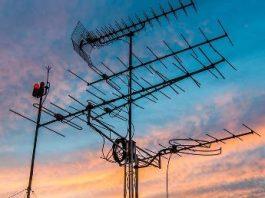 O tehnologie misterioasă, care i-a uimit pe specialiştii FBI şi CIA: câmpul de unde radio nelocalizabil!