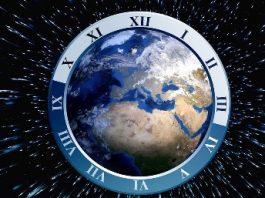 """În trecutul îndepărtat, Pământul nu era decât o imensă """"minge"""" de apă! Ciocnirea cu o altă planetă, au creat condiţiile pentru apariţia civilizaţiilor din interiorul Terrei"""