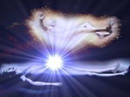 Sufletul, după moarte, poate ieşi prin mai multe orificii energetice. Dacă iese prin orificiul de la creştetul capului, fiinţa umană devine nemuritoare – spun scrierile orientale