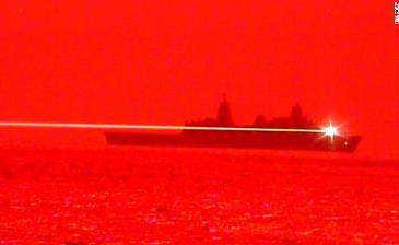 O armă distrugătoare cu laser a fost prezentată de Marina Americană. De ce a fost ea dezvăluită publicului?