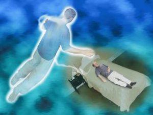 Vreţi să nu mai aveţi frică de moarte? Faceţi o experienţă mentală de detaşare de propriul trup!