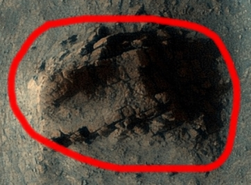 Vechi ruine găsite în nişte fotografii de pe Marte arată că această planetă a fost lovită de un război nuclear distrugător în trecutul îndepărtat