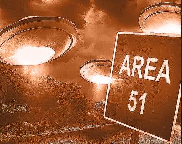 În celebra Zonă 51 se experimentează tehnologie extraterestră, dar şi pentru a accesa alte dimensiuni?