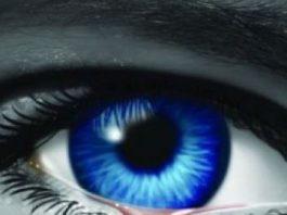 O fată de 15 ani din Brazilia îi lasă perplecşi pe medici: îi curg lacrimi de sânge din ochi şi nimeni nu ştie ce are