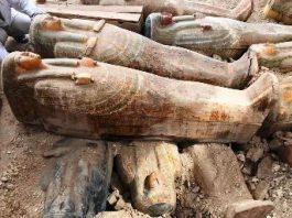 Descoperire senzaţională a arheologilor din Egipt: 59 de sarcofage de lemn, vechi de mii de ani