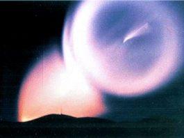 """Noi detalii secrete despre inexplicabilul fenomen ceresc """"Domul Luminii"""", ce pare a avea legătură cu lansarea unor rachete sovietice"""