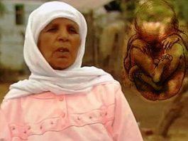 """Povestea incredibilă a unei femei din Maroc care la vârsta de 75 de ani """"a născut"""" un """"bebeluş de piatră"""", pe care îl concepuse cu 46 de ani mai devreme"""