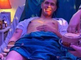 Ce vedeţi în fotografia din acest articol - un bărbat într-un pat de spital? De fapt, nimic nu este real, iar nebunia lumii devine din ce în ce mai mare...