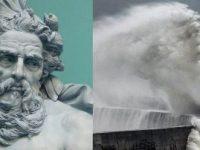 """Neptun, zeul roman al apei, """"iese"""" din valurile mării şi a fost surprins într-o fotografie spectaculoasă în Anglia"""