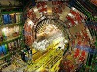 Acceleratorul de Particule CERN de la Geneva duce omenirea către alte linii de timp şi lumi paralele?