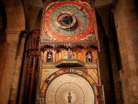 Ceva incredibil se află în Orologiul Astronomic de la catedrala din Lund (Suedia)!
